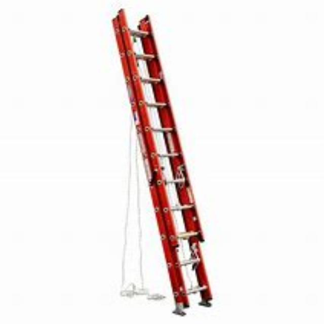 Where to find 32  EXTENSION LADDER 300  CAPACITY in Kansas City